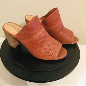 Leather Vented Mules